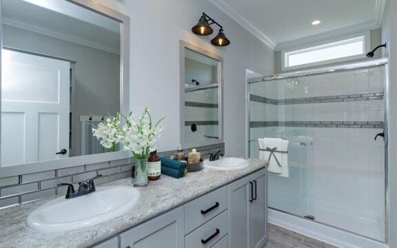Estate Farmhouse Model 2 Bathroom Virtually Furnished