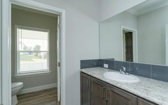 Malibu Model 2 Bathroom