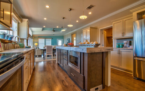 Kitchen - The Riviera II, 3 Bedroom, 2 Bath, 2,040 Sq. Ft. manufactured home by Palm Harbor in Plant City