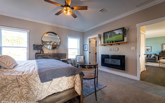 Estate Farmhouse LS30764A 3 Bedrooms, 2 Baths, 2,280 Sq. Ft. – By Palm Harbor Homes