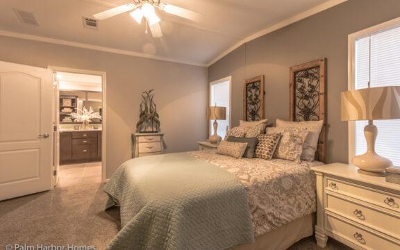Master bedroom - Siesta Key II P2566Q by Palm Harbor Homes